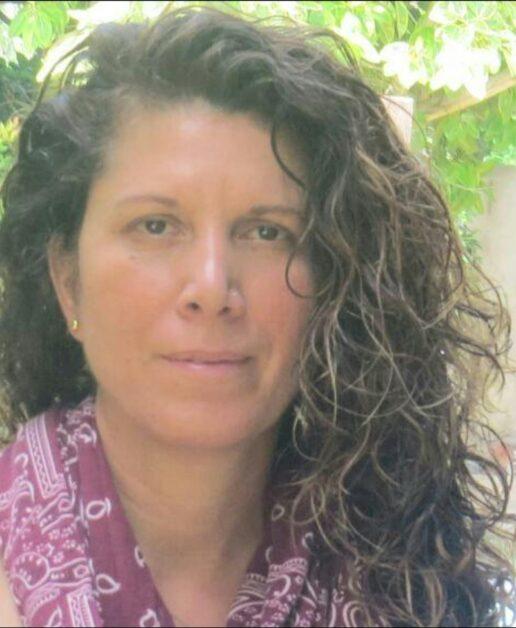 Eine jüdische Frau aus Ramle heiratet einen Palästinenser aus den besetzten Gebieten. 50 Jahre später erzählt ihr Enkel seinem Sohn, was danach geschah. von Michal Magda Slutzker-Amran
